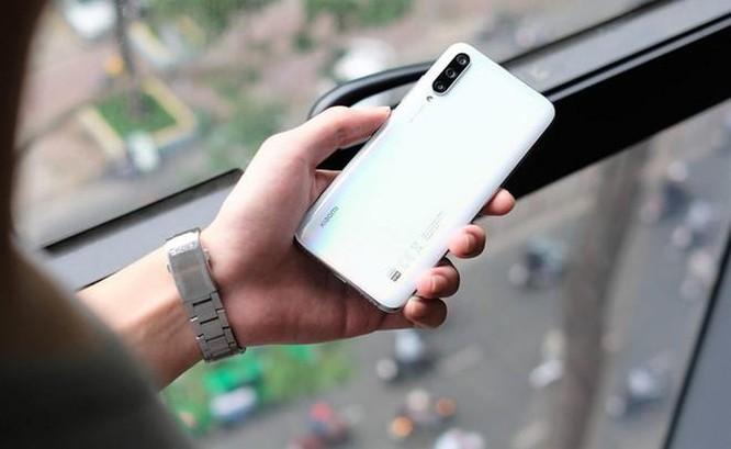 Loạt smartphone đang giảm giá mạnh ở Việt Nam ảnh 4