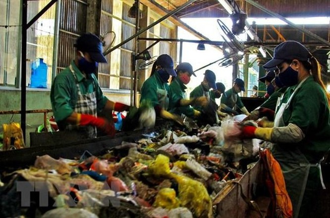 Giải pháp nào để xử lý 25,5 triệu tấn chất thải rắn phát sinh mỗi năm? ảnh 2