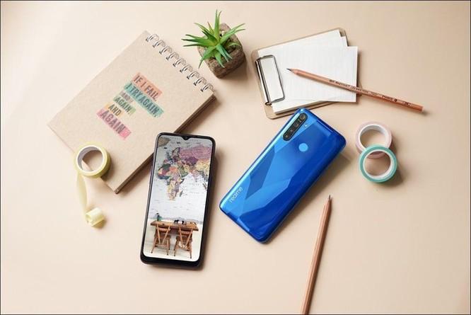 Realme giới thiệu bộ đôi smartphone Realme 5, cụm 4 camera, giá từ 3,99 triệu đồng ảnh 3