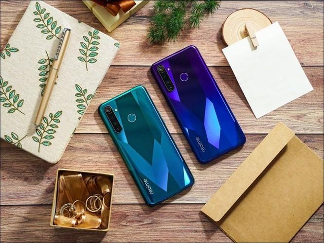 Realme giới thiệu bộ đôi smartphone Realme 5, cụm 4 camera, giá từ 3,99 triệu đồng ảnh 2