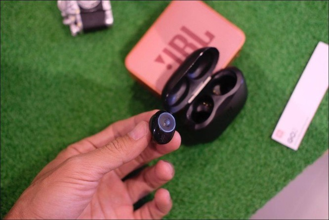 JBL ra mắt tai nghe không dây Tune 120TWS, giá 2,39 triệu đồng ảnh 2