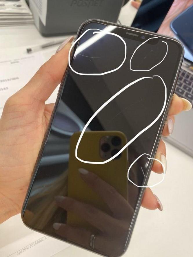 Người dùng kêu trời vì iPhone 11 trầy xước chỉ sau vài ngày sử dụng ảnh 12