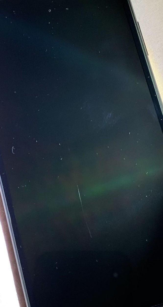 Người dùng kêu trời vì iPhone 11 trầy xước chỉ sau vài ngày sử dụng ảnh 7
