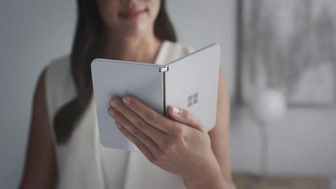 Không phải tablet, smartphone màn hình gập sẽ thay thế laptop ảnh 1