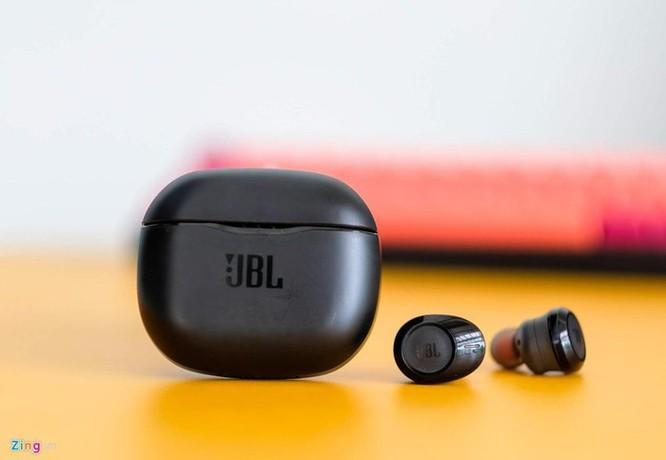 Chi tiết tai nghe True Wireless giá rẻ nhất từ JBL ảnh 1