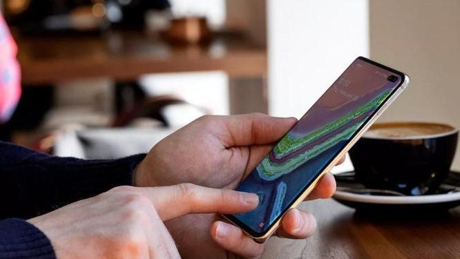 Sự cố vân tay trên Galaxy S10 và Note 10 nghiêm trọng hơn tưởng tượng ảnh 1