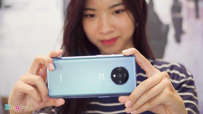 Đối thủ iPhone 11 về Việt Nam, giá 11,5 triệu đồng ảnh 8