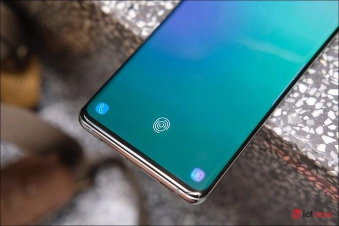 Người dùng Việt chính thức nhận bản vá lỗi cho Galaxy S10, Note 10 ảnh 1