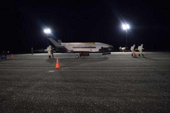 Tàu con thoi mini X-37B của Mỹ phóng các vệ tinh bí mật vào vũ trụ ảnh 1