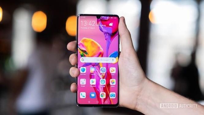 iPhone 11 chính hãng bán ở VN, di động Android cao cấp giảm giá mạnh ảnh 2