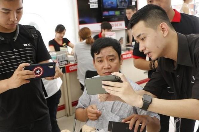 iPhone 11 chính hãng bắt đầu bán ở Việt Nam với giá từ 22 triệu đồng ảnh 1