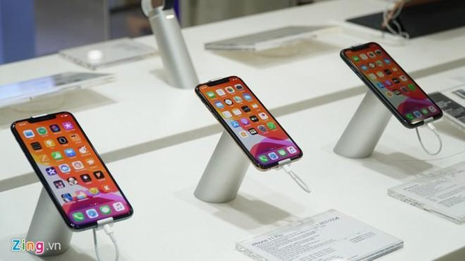iPhone 11 Pro liên tục giảm giá vì bán ế ảnh 2