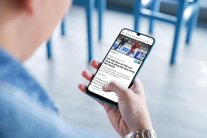 Galaxy A50s sạc 10 phút để nhắn tin, xem bóng đá suốt 3 giờ ảnh 3
