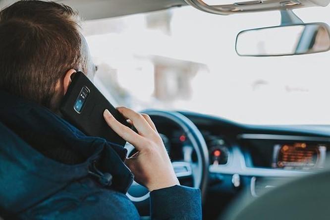Úc triển khai camera phát hiện dùng điện thoại khi lái xe đầu tiên trên thế giới ảnh 1