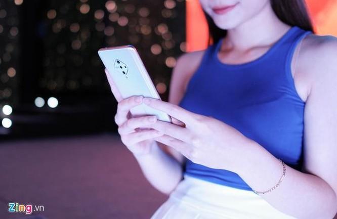 Galaxy Fold, Mi Note 10 và loạt di động về Việt Nam dịp cuối năm ảnh 6