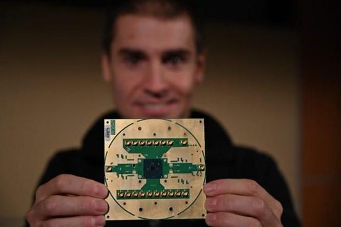 Intel tạo ra chip xử lý để điều khiển siêu máy tính lượng tử ảnh 1