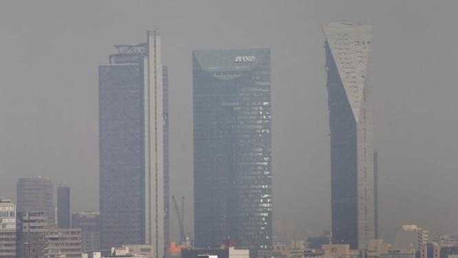 Đóng cửa hay rời đi, đâu là cách tồn tại trong thành phố ô nhiễm? ảnh 3