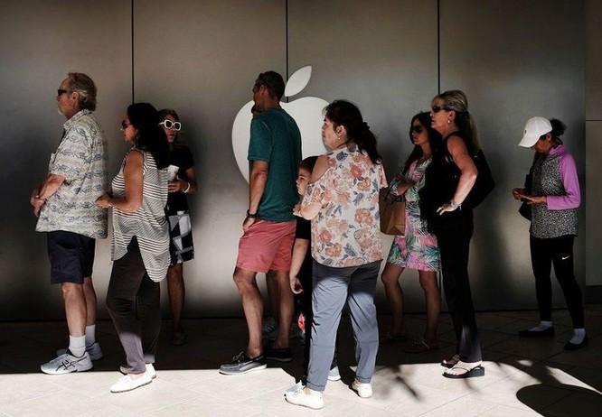 Nhân viên Apple Store tiết lộ sai lầm lớn nhất của khách hàng khi đi sửa máy ảnh 1