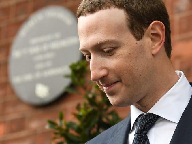 Tổng kết 10 năm 'lên voi xuống chó' của Mark Zuckerberg ảnh 21