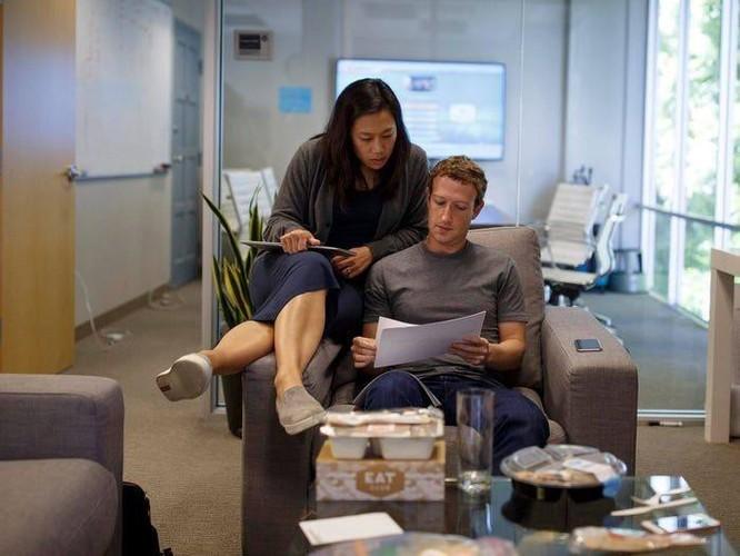 Tổng kết 10 năm 'lên voi xuống chó' của Mark Zuckerberg ảnh 12