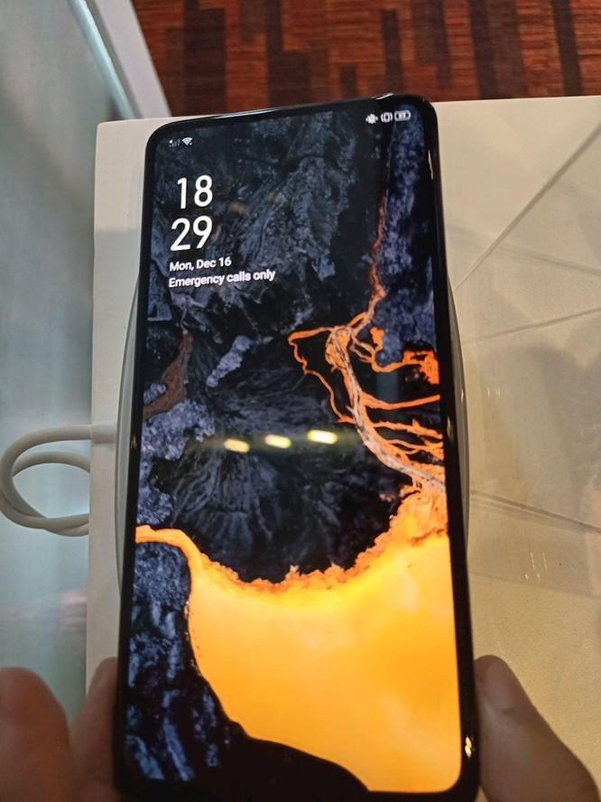 Cận cảnh flagship tương lai của OPPO với camera ẩn bên trong màn hình ảnh 1