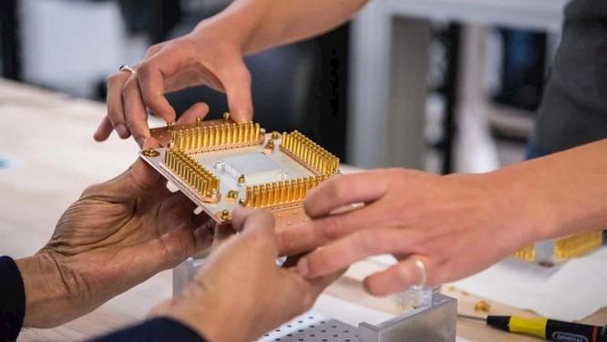 Lo sợ Trung Quốc, Nhật bắt tay Mỹ và châu Âu phát triển công nghệ lượng tử ảnh 1