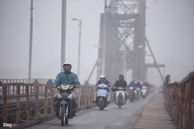 Vì sao ô nhiễm Hà Nội thường nặng nhất vào những ngày có gió đông? ảnh 1