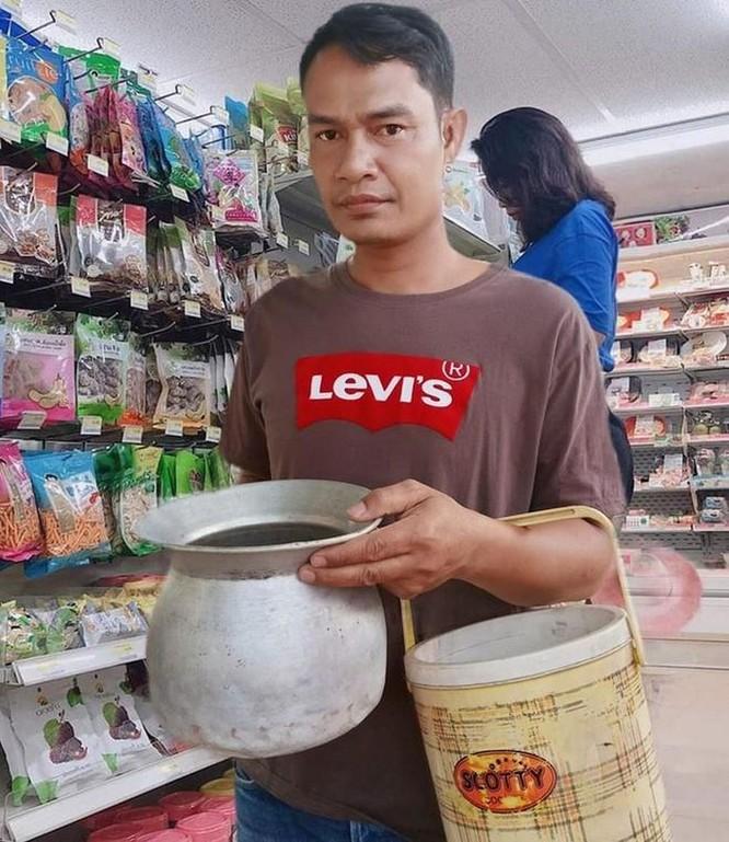 Mang vali, chậu, xe kéo đi mua hàng vì túi nylon bị cấm ở Thái Lan ảnh 2
