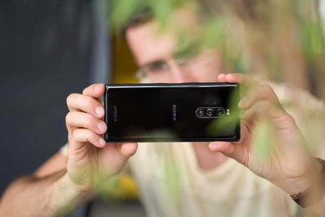 Top 7 smartphone ba camera tốt nhất nên mua ảnh 7