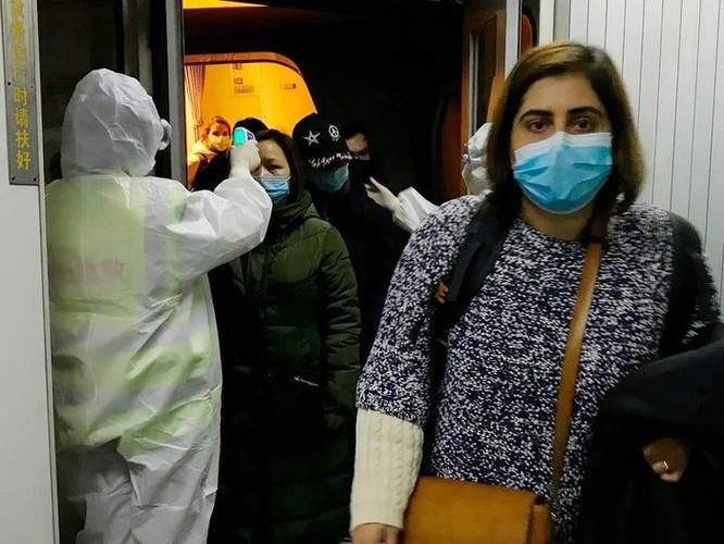'Súng đo thân nhiệt' không còn hiệu quả trong cuộc chiến virus corona ảnh 2