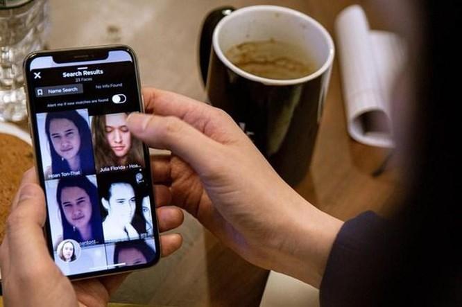 Apple chặn ứng dụng nhận dạng khuôn mặt Clearview AI trên iPhone ảnh 1