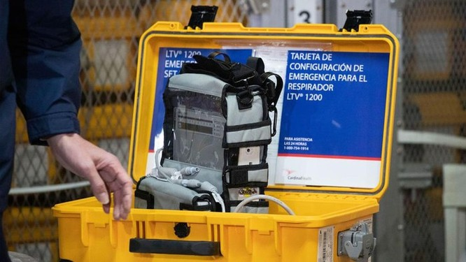 Không dễ để các đại gia ôtô Mỹ sản xuất máy thở chống dịch Covid-19 ảnh 1