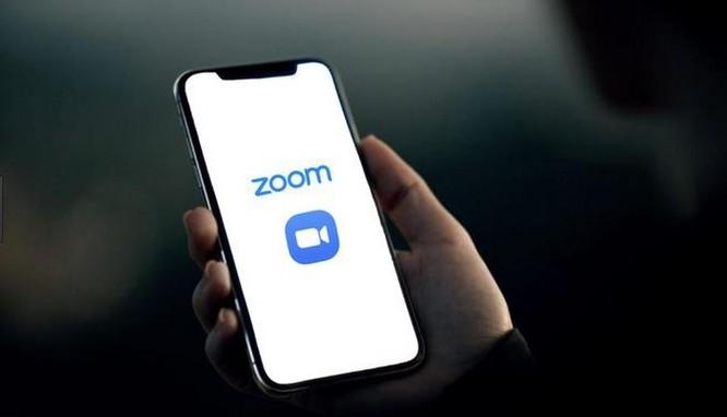 Zoom vừa thay đổi ảnh 1