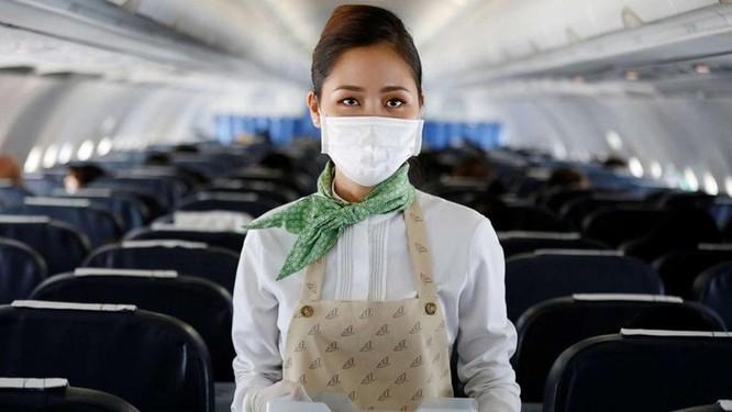 Tiếp viên hàng không Mỹ đối mặt với nguy cơ phơi nhiễm Covid-19 ảnh 3