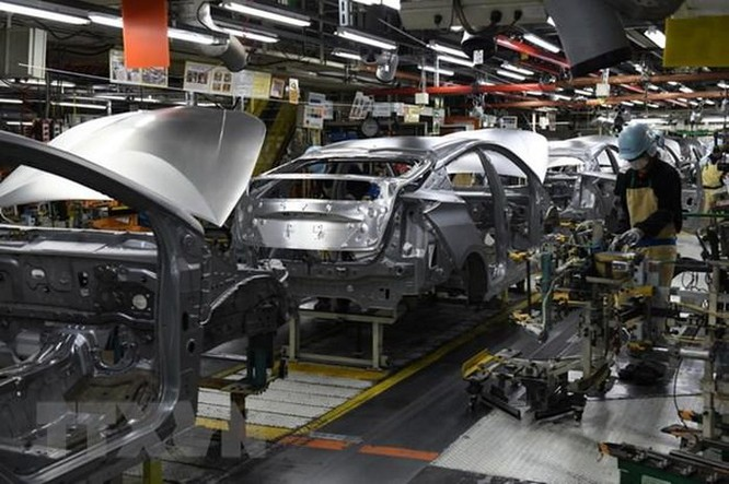 Toyota nối lại hoạt động sản xuất tại Bắc Mỹ vào tháng tới ảnh 1