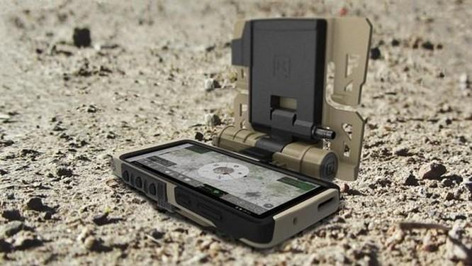 Samsung ra mắt phiên bản Galaxy S20 quân đội 'nồi đồng cối đá' ảnh 2