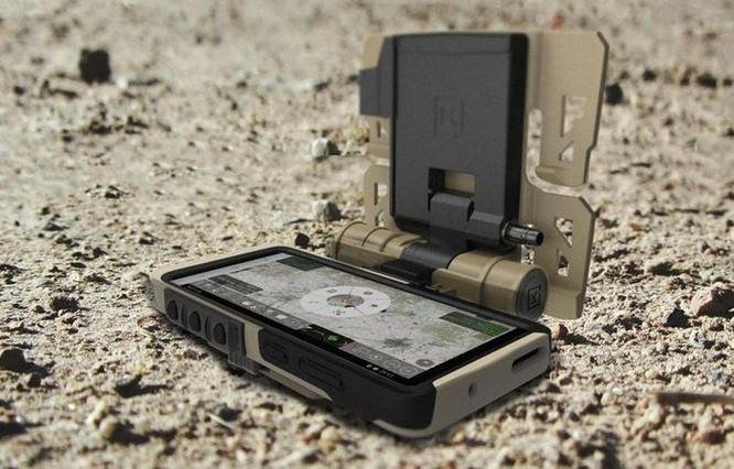 Samsung ra mắt phiên bản Galaxy S20 quân đội 'nồi đồng cối đá' ảnh 1