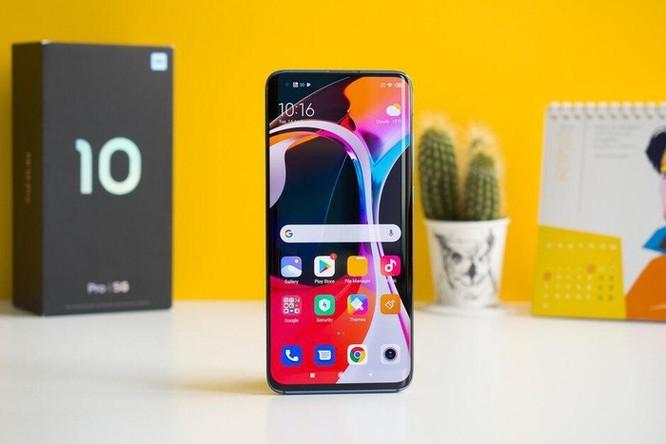 Top 5 smartphone có pin 'đỉnh' nhất ảnh 5