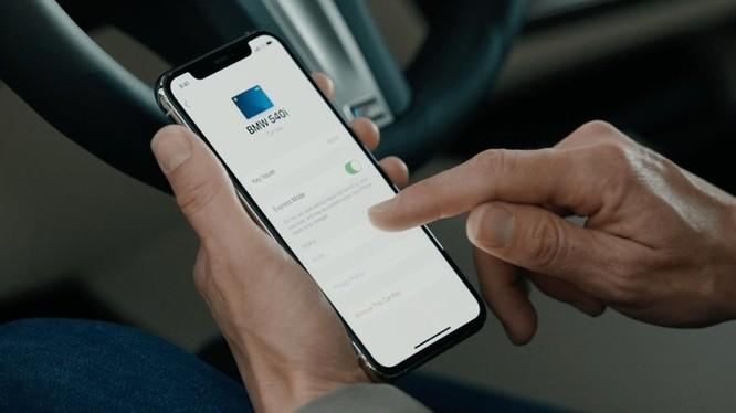 BMW là hãng xe đầu tiên dùng iPhone làm chìa khóa số ảnh 2