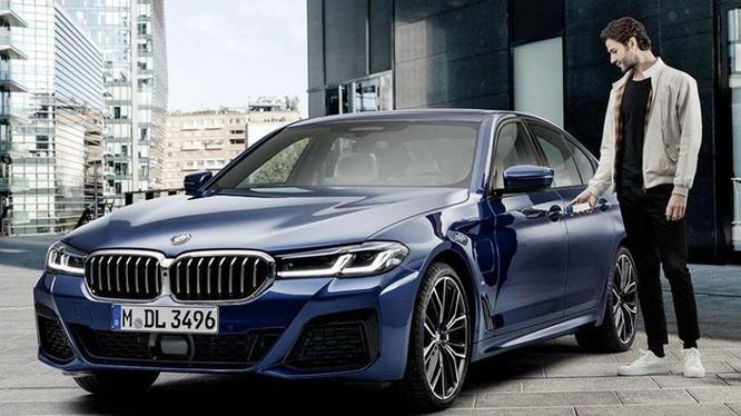 BMW là hãng xe đầu tiên dùng iPhone làm chìa khóa số ảnh 1