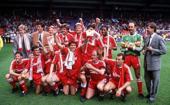 Lần gần nhất Liverpool vô địch, thế giới còn chưa biết Internet ảnh 1