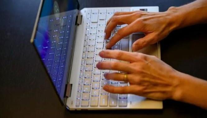 Những chiếc laptop lý tưởng thay thế MacBook Pro 2020 ảnh 7