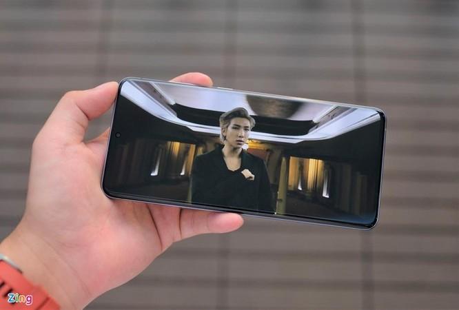 Galaxy S20+ màu tím cho fan BTS ra mắt, giá 25 triệu đồng ảnh 10