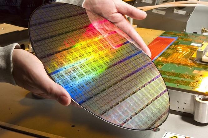 Intel vừa đặt dấu chấm hết cho vị thế của công nghệ Mỹ ảnh 1