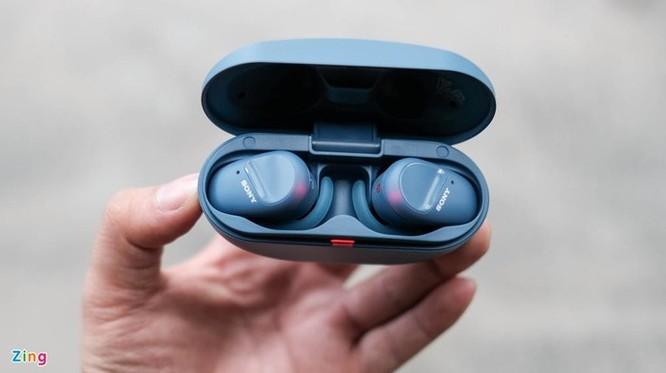 Đánh giá nhanh Sony WF-SP800N: Pin 17 tiếng, chống ồn, giá 4,8 triệu ảnh 4