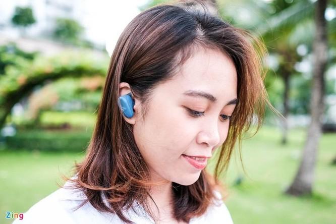 Đánh giá nhanh Sony WF-SP800N: Pin 17 tiếng, chống ồn, giá 4,8 triệu ảnh 11