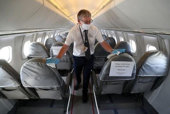 Tại sao nguy cơ lây nhiễm Covid-19 trên máy bay cực kỳ thấp? ảnh 1