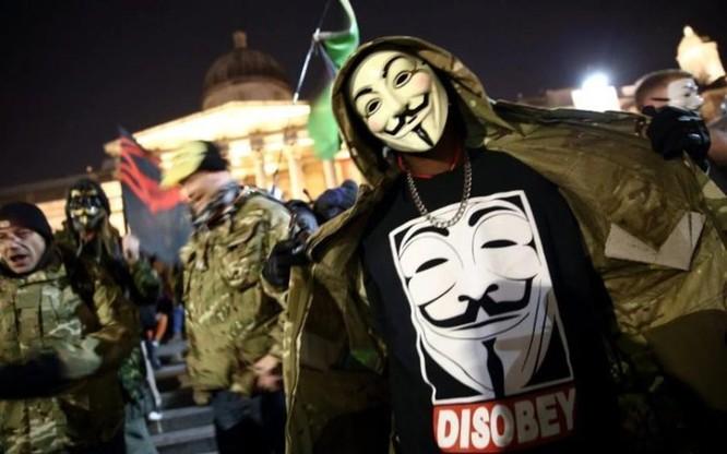Anonymous trở lại ảnh 4