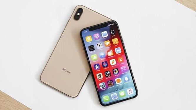 Hàng loạt iPhone chính hãng bị 'khai tử' ở Việt Nam ảnh 1