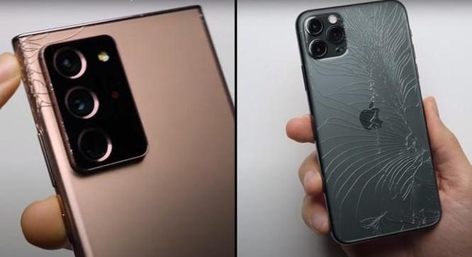 Note20 Ultra bền hơn iPhone 11 Pro Max khi thả rơi ảnh 2